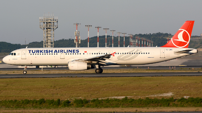 A picture of TCJRE - Airbus A321231 - Turkish Airlines - © Kayra D.