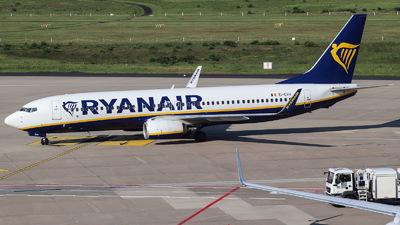 A picture of EIEVH - Boeing 7378AS - Ryanair - © Julian Schwamborn