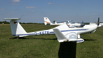 D-KGTE - Diamond Aircraft HK36 Super Dimona - Private