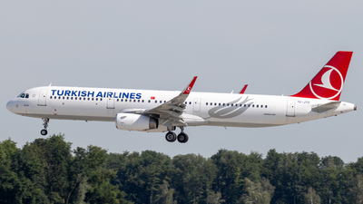 A picture of TCJTO - Airbus A321231 - Turkish Airlines - © Michael Knüfer