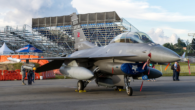 92-3924 - Lockheed Martin F-16D Fighting Falcon - United States - US Air Force (USAF)