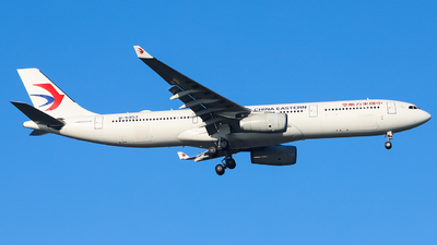 A picture of B5953 - Airbus A330343 - China Eastern Airlines - © Dream it possible.