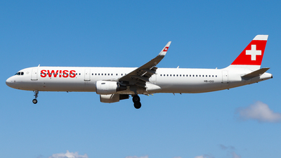 A picture of HBIOO - Airbus A321212 - Swiss - © Luciano Silva