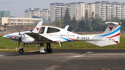 B-10XJ - Diamond DA-42 NG Twin Star - Civil Aviation Flight University of China