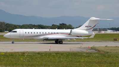 N907PH - Bombardier BD-700-1A10 Global 6000 - Private
