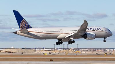 A picture of N27965 - Boeing 7879 Dreamliner - United Airlines - © Elise Van de Putte