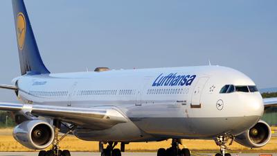 D-AIGH - Airbus A340-311 - Lufthansa