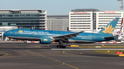 A picture of VNA144 - Boeing 7772K6(ER) - [33503] - © Morris Biondi
