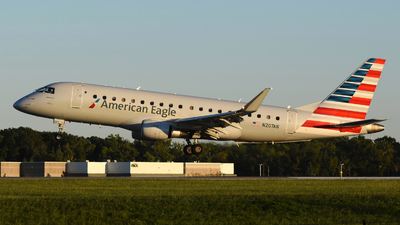 A picture of N207AN - Embraer E175LR - American Airlines - © DJ Reed - OPShots Photo Team
