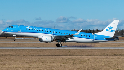 A picture of PHEXA - Embraer E190STD - KLM - © marfi80