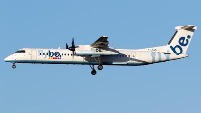 A picture of GJECK - De Havilland Canada Dash 8400 - Flybe - © Matteo Lamberts