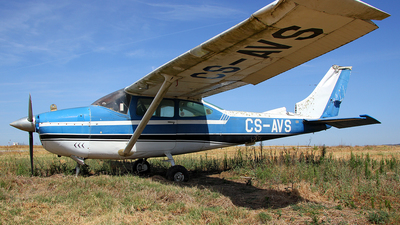 CS-AVS - Cessna 182J Skylane - Untitled