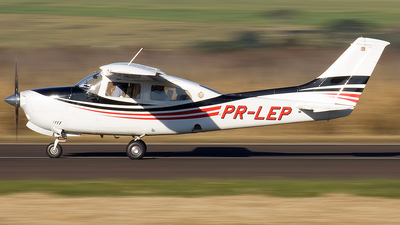 PR-LEP - Cessna 210M Centurion II - Private