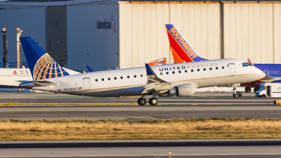N208SY - Embraer 170-200LR - United Express (SkyWest Airlines)