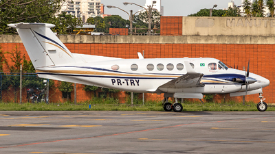 PR-TRY - Beechcraft B200GT Super King Air - Private