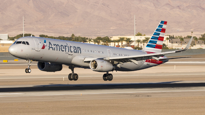 A picture of N163AA - Airbus A321231 - American Airlines - © David Lee