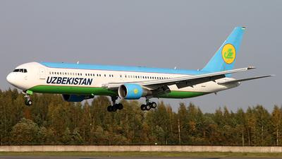 A picture of UK67003 - Boeing 76733P(ER) - Uzbekistan Airways - © Malyshev Andrei