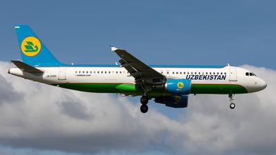 UK32011 - Airbus A320-214 - Uzbekistan Airways