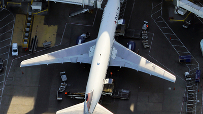 N1402A - Boeing 767-332 - Delta Air Lines