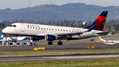 N274SY - Embraer 170-200LL - Delta Connection (SkyWest Airlines)