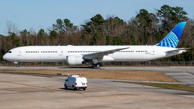 A picture of N9675N - Boeing 787 flight test - Boeing - © Devin | Charleston.Spotter