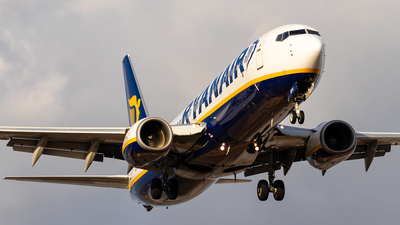 A picture of EIDYV - Boeing 7378AS - Ryanair - © Pablo Marín