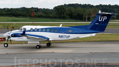 A picture of N817UP - Beech B300 Super King Air 350 - Gama Aviation - © Agustin Anaya