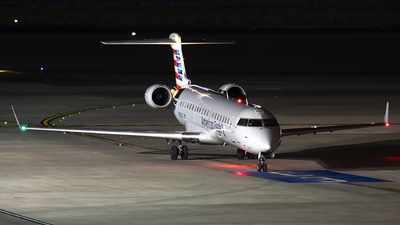 A picture of N766SK - Mitsubishi CRJ701ER - American Airlines - © Michael Rodeback