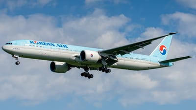 A picture of HL8009 - Boeing 7773B5(ER) - Korean Air - © anandy