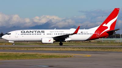 VH-VZE - Boeing 737-838 - Qantas