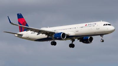 A picture of N342DN - Airbus A321211 - Delta Air Lines - © Positive Rate Photography
