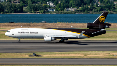 A picture of N259UP - McDonnell Douglas MD11F - UPS - © Yan777