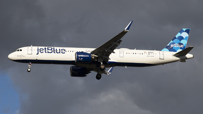 N2016J - Airbus A321-271NX - jetBlue Airways
