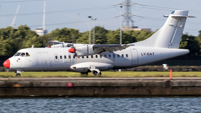 LY-DAT - ATR 42-512 - Danish Air Transport (DAT)