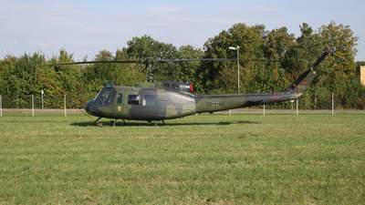 72-45 - Bell UH-1D Iroquois - Germany - Army