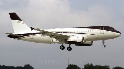 VP-CCJ - Airbus A319-133X(CJ) - Private