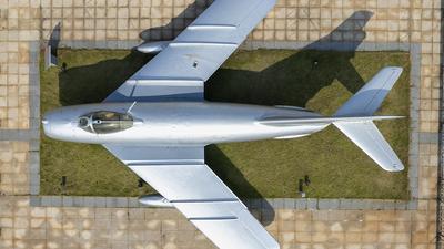 13381 - Shenyang J-5 - China - Air Force