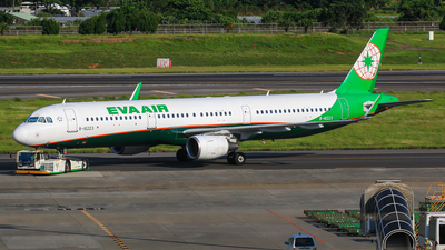A picture of B16223 - Airbus A321211 - EVA Air - © Cheng Wei Ho