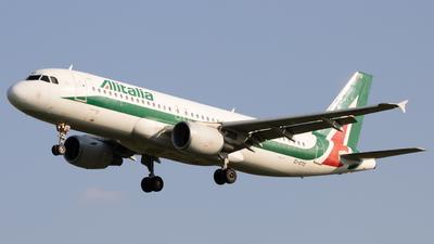 A picture of EIDTO - Airbus A320216 - Italia Trasporto Aereo - © Manuel Mancasola