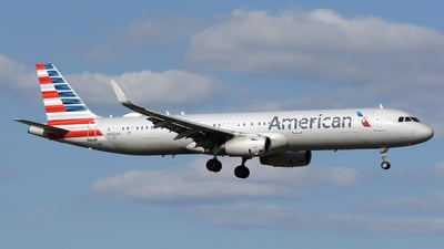 A picture of N902AA - Airbus A321231 - American Airlines - © DJ Reed - OPShots Photo Team