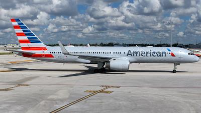 N190AA - Boeing 757-223 - American Airlines