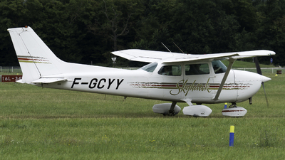 A picture of FGCYY - Cessna F172P Skyhawk - [2066] - © Olivier Landes
