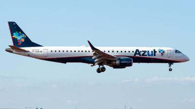 A picture of PRAUM - Embraer E195AR - Azul Linhas Aereas - © CACSPOTTER