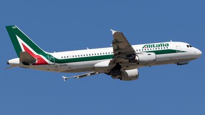 EI-IKG - Airbus A320-214 - Alitalia
