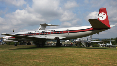 G-BDIW - De Havilland DH-106 Comet 4C - Dan-Air London