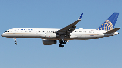 A picture of N19141 - Boeing 757224 - United Airlines - © AviaStar Photography