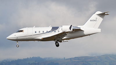 N604Z - Bombardier CL-600-2B16 Challenger 604 - Private