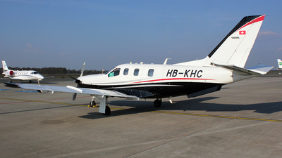 HB-KHC - Socata TBM-700C2 - Private