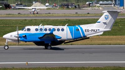 ES-PKY - Beechcraft B300 King Air 350ER - Estonia - Border Guard