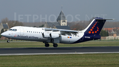 OO-DWB - British Aerospace Avro RJ100 - Brussels Airlines